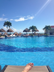 Cancun - Poolside